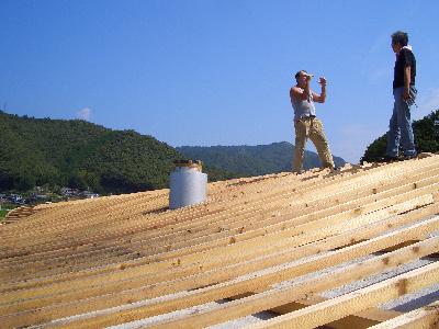 070910屋根の上で.JPG